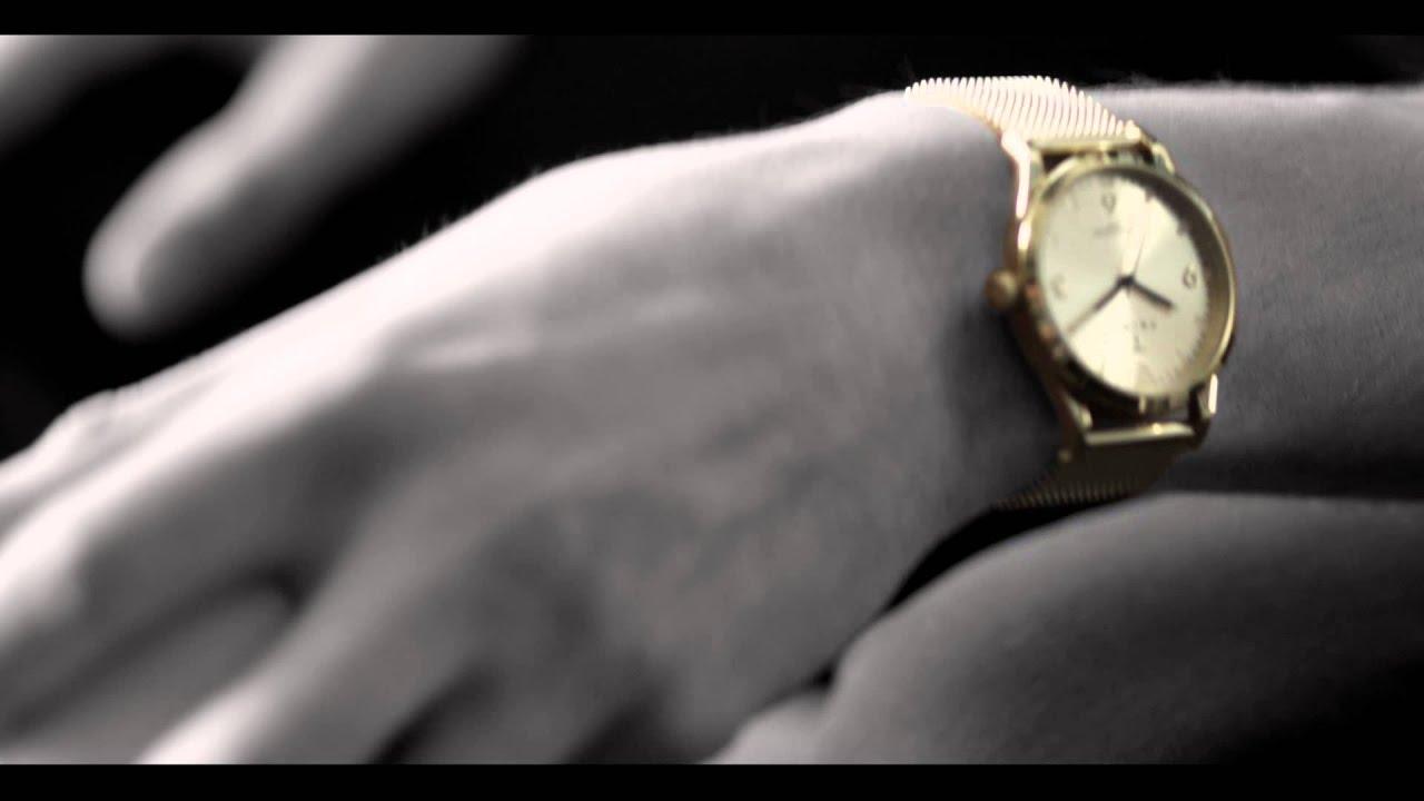 Triwa sort of black gold chrono ur