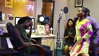 Download Video Mkali Wenu na Ebitoke wasanii wa Mama Ashura. MP3 3GP MP4