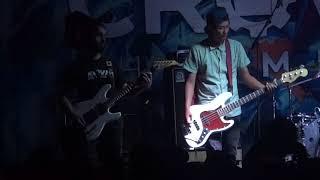 Sekumpulan Orang Gila Terbanglah Live at The Retrograde Asia Tour 2018.mp3