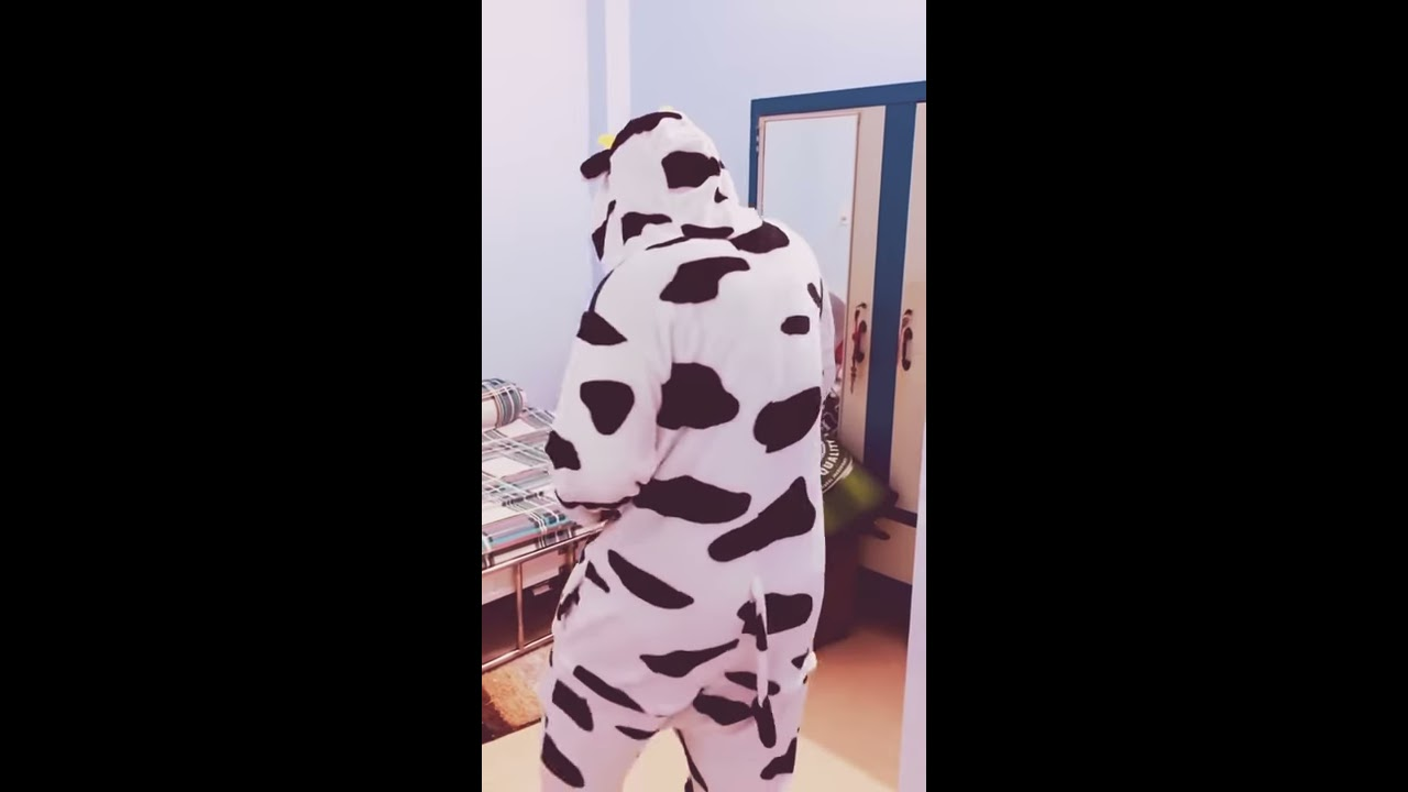 [BUỒN CƯỜI]Khi ĐẠT Mặc Bộ Đồ Ngủ Bò Sữa Rất Dễ Thương