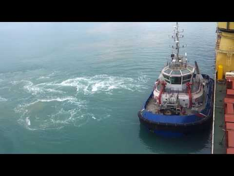 WHY GIANO TUG DOES IT BETTER (than tractor tugs)