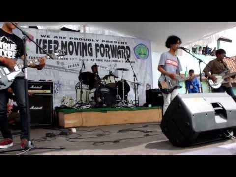 CRAZY CRACKERS - Telah Berlalu ( Live at SMK Pasundan 1 Cimahi )