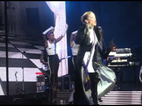 X Tour 2008 En Chile   Your Disco Needs You Mi Cam