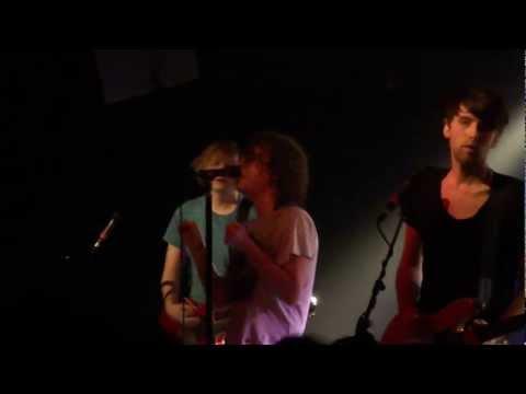 Pigeon Detectives - I'm a Liar (live @ Magnet Club 13.02.2012 Berlin)