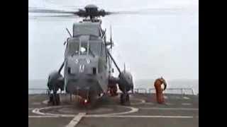 hr ms zuiderkruis vliegrol tijdens eskaderreis 91