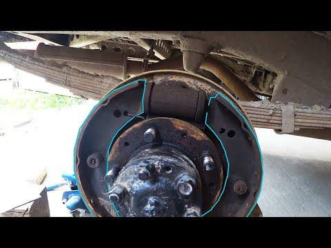 Ремонт УАЗ 469, правильная регулировка тормозных колодок, установка музыки, построил яму в гараже.
