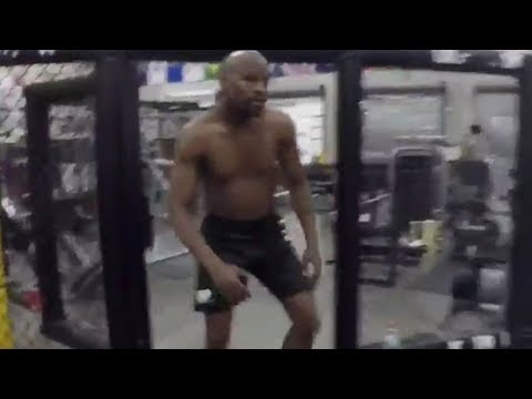 Floyd Mayweather FINALLY Steps into the UFC Octagon for the First Time!