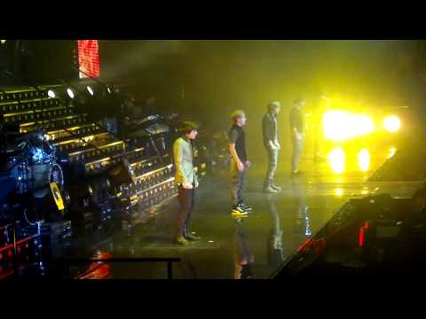 One Direction Intro & Only Girl X Factor Tour Manchester 12/3/11