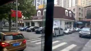 Яркий город, серый день, Китай, Далянь(, 2014-10-06T05:17:14.000Z)