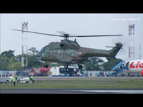 Helikopter Super Puma TNI AU Landing di Bandara Syamsudin Noor Banjarmasin