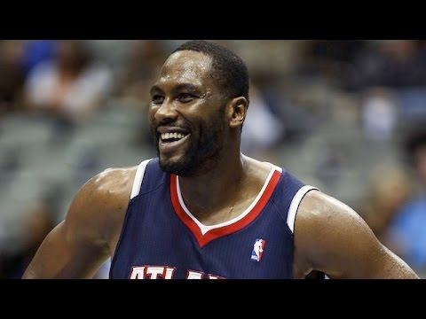 Elton Brand Hawks Offense & Defense Highlights