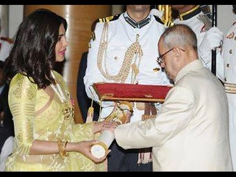 Priyanka Chopra Receives Padma Shri from President | Padma Awards Presentation Ceremony | Mango News