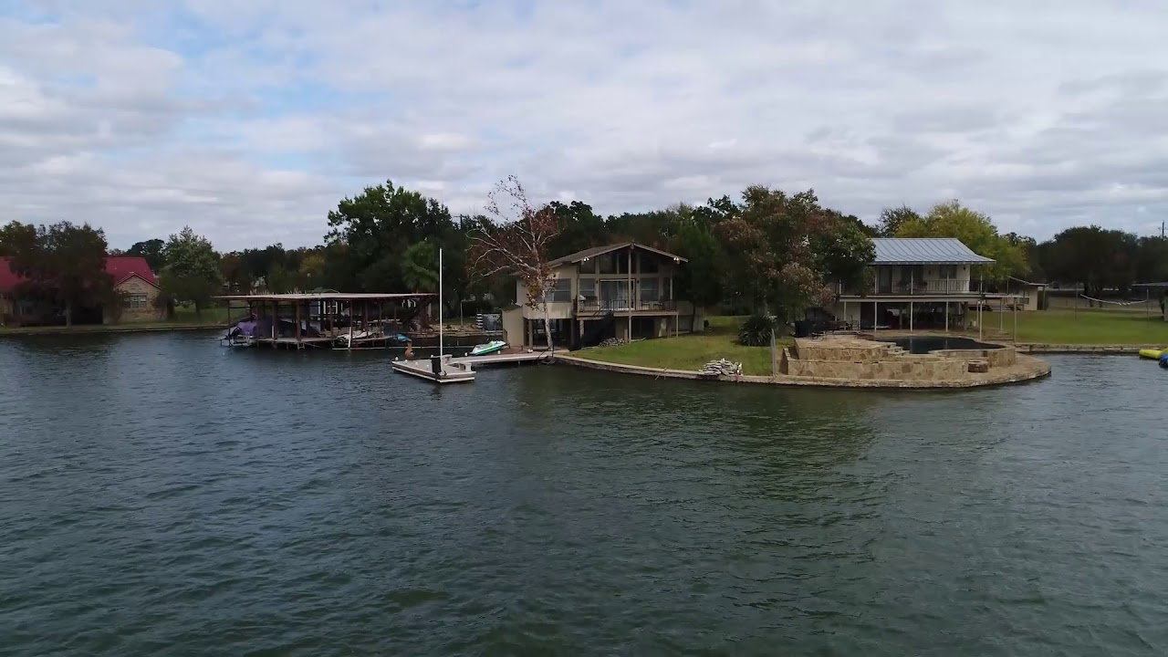 Lake Lbj Home For 220 E Lakes Sunrise Beach