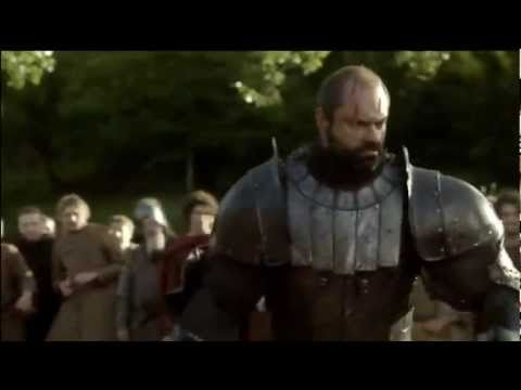 Game of Thrones : Horse gets its Head Cutoff
