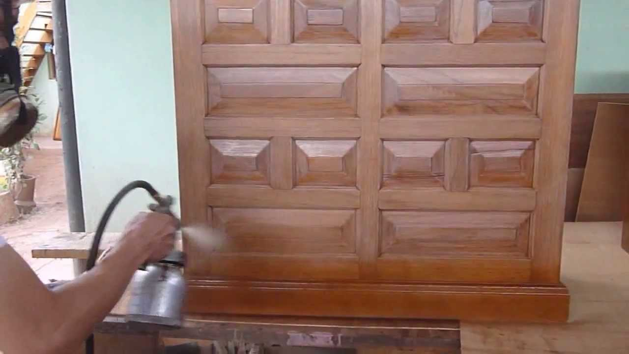 Mueble color nogal con lacas catalizadas youtube - Tintes para madera de pino ...