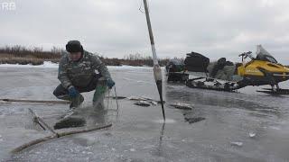 Зимняя рыбалка 2015 первый лед Крайний Север НАО