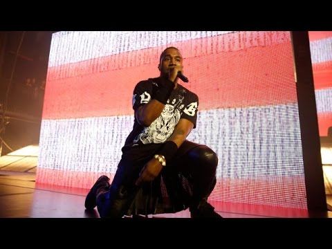 Let's Laugh At Kanye West Using A Torrent Site Before He Distracts Us - Newsy