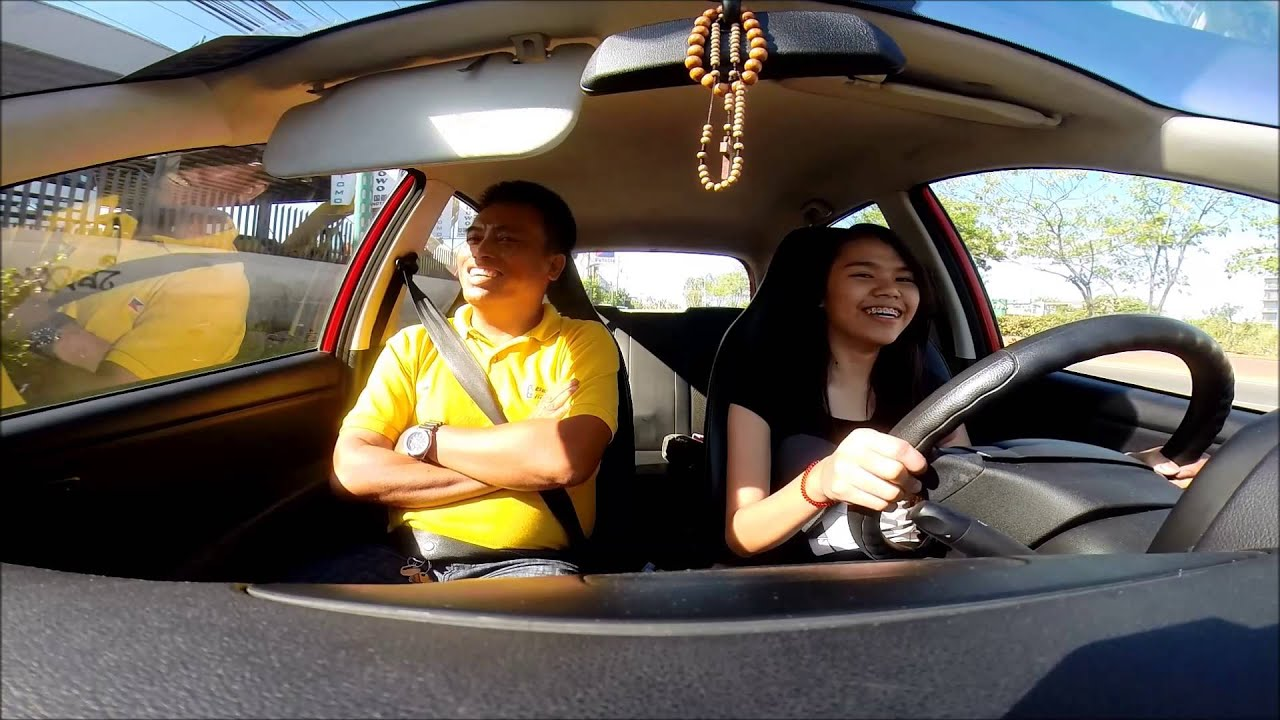Driving Lessons: Best Driving School - YouTube