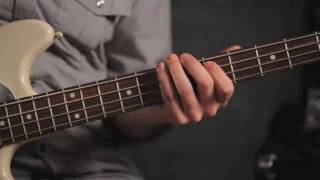 How to Play Root Fifth Flat Seventh | Bass Guitar