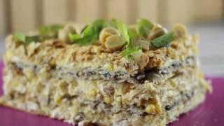 """Закусочный торт """"Наполеон"""" с курицей и грибами"""