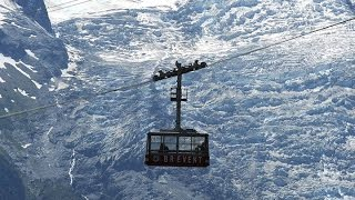 33 trapped all night in Mont Blanc Cable Car