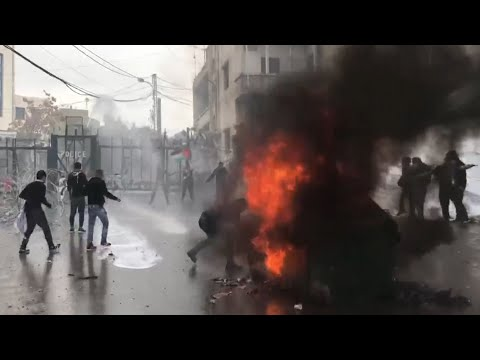 Teargas and water cannon used against pro-Palestinian demonstrators in Lebanon
