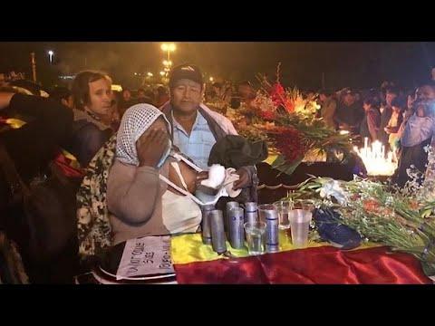 شاهد: مدينة ساكابا البوليفية تودّع 5 من أنصار الرئيس السابق موراليس قتلوا بالرصاص…  - نشر قبل 2 ساعة