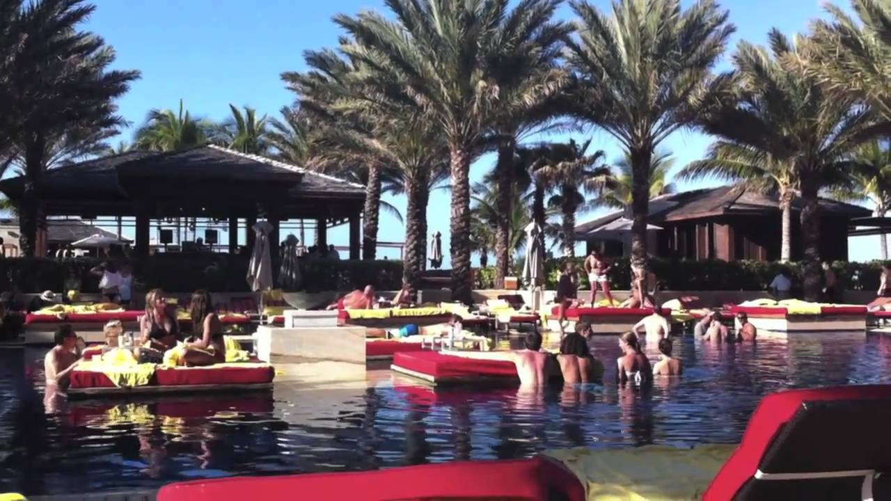 Cain pool at the Cove Atlantis - YouTube