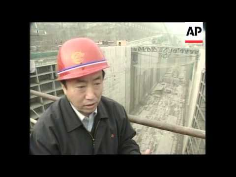 A look at the controversial  3 Gorges dam project