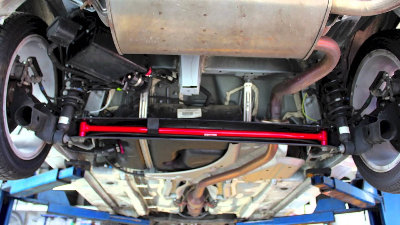 Toyota Matrix Suspension Rear Sway Bar Install Youtube