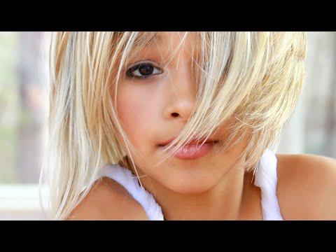 MattyBRaps - I Just Wanna Love You (feat. John-Robert Rimel)