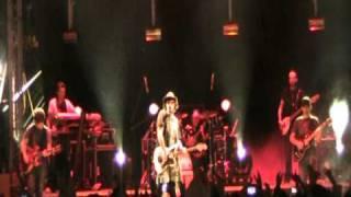 FABRIZIO MORO -  Villanova di Guidonia (1a parte concerto completo) Live 1-5-2011