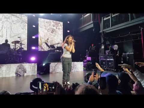 [FANCAM] Alessia Cara - Four Pink Walls. Silver Spring, Maryland Live.