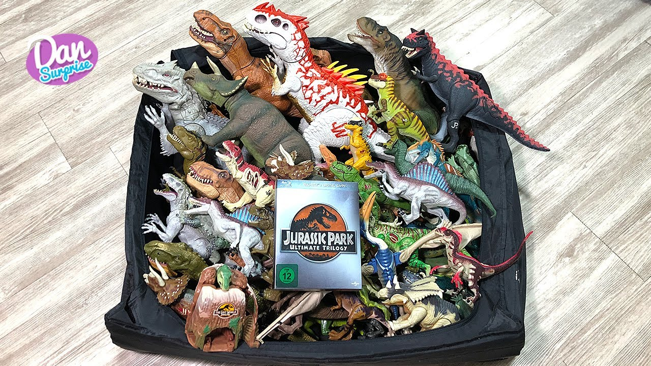 NEW GIANT BOX OF JURASSIC PARK AND JURASSIC WORLD DINOSAURS!