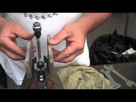 """Bike Repair - Schwinn Speedster """"Wheel Restore & Fender Fix"""" BikemanforU Show Episode 19-20"""