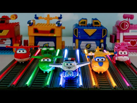 Let's run in the lightning runway. It's always fun with Superwings.
