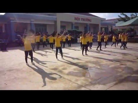 Minions, Rửa tay, Việt Nam ơi - Dân Vũ D2 THPT Chuyên Bình Long 2015