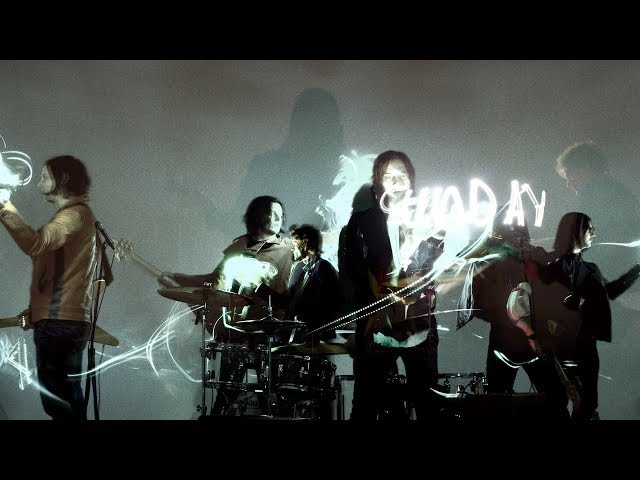 The Raconteurs – Sunday Driver (Official Music Video)