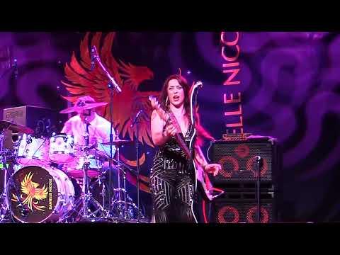 Danielle Nicole Band -