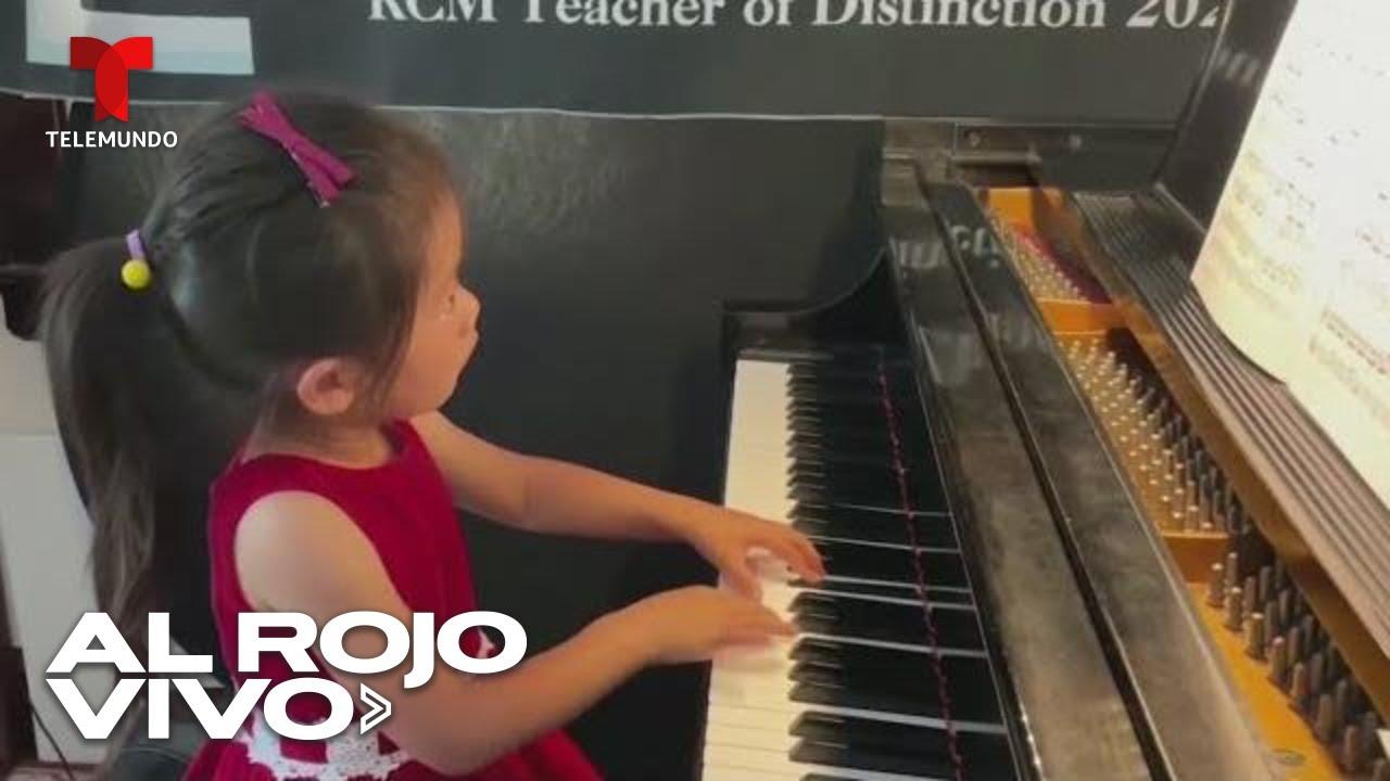 Download Una niña de cuatro años enternece al mundo al tocar el piano