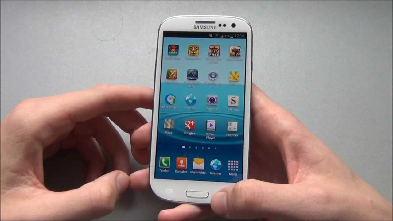 1. Take a screenshot with a palm swipe