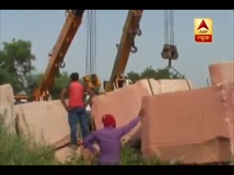 Red stones for construction of Ram Mandir arrive in Ayodhya