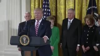 видео Трамп предложил существенно снизить налоги для американцев