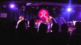 2015年9月3日に池袋のライブハウスで行われたの女子美エンタメの1バンド...