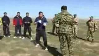видео Сражение в степи: ВДВ против спортсменов.