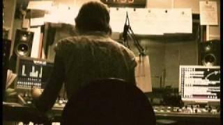 Teledysk: EmazetProcent -  Ładuj (feat Szybki Szmal, Onar)