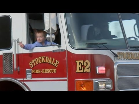 6-year-old survivor of Texas church massacre leaves hospital in fire truck
