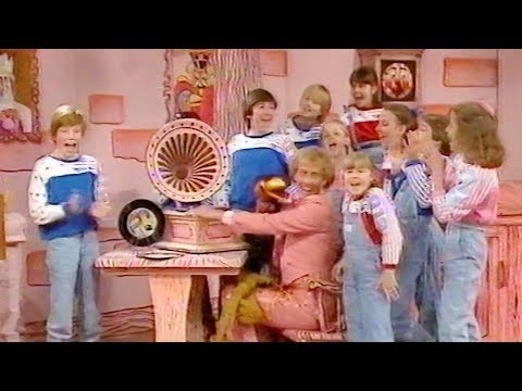 Emu's All Live Pink Windmill Show S2E9 (1985) - edited version
