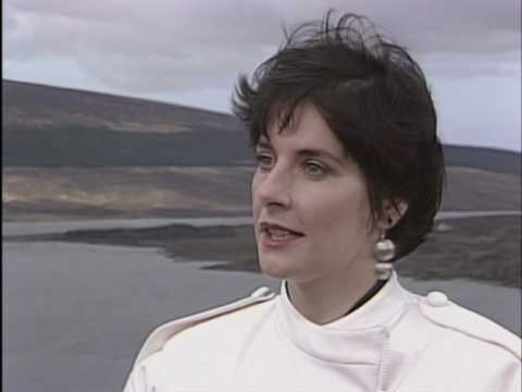 ENYA - Rare Interview 1987 (from