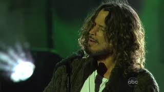 Soundgarden - By crooked steps (Live)